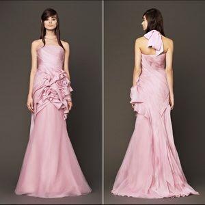VERA WANG petal pink bridal strapless silk gown 10